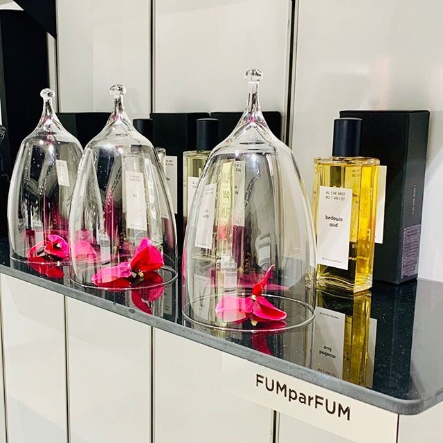We are so glad to make one more new start this autumn! >>> Now you can find FUMparFUM creative studio in Kaunas >>> Šv. Gertrūdos 51 >>> The House Of DROPS >>> @the_house_of_drops  #new #place #perfumes #fragrances #retail #art #niche #artistic #perfumery #FUMparFUM #creative #studio