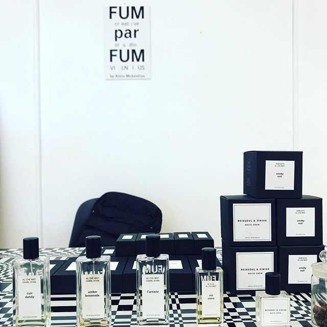 Only this weekend take your 10% disccount for all in our web shop with a special Code: ONLINE!  www.fumparfum.com  #weekend #disccount #perfumery #web #shop #niche #art #artistic #artisan #author #perfumes #fragrances #FUMparFUM #creative #studio