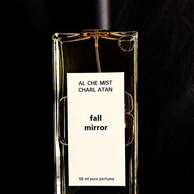Alchemist Charlatan collection >>> Fall Mirror  TOP: black currant HEART: tobacco blossom, jasmine, pipe tobacco BASE: patchouli, vetiver, amber, labdanum, musk  www.fumparfum.com