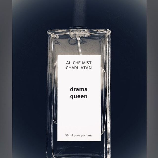 First this fragrance was launched 2014 as a part of Theatre Perfumes collection. The inspiration object was drama action, drama play, dramatic people and especially dramatic life of  italian film actress Anna Magnani.  This autumn the NEW version is coming!  ALCHEMIST CHARLATAN collection > drama queen  TOP: fresh cut grass HEART: water lily, tuberose, hyacinth, heliotrope  BASE: patchouli, amber, light vanilla, sandalwood, musk  #new #perfume #AlchemistCharlatan #fragrance #collection #drama #queen #FUMparFUM #creative #studio #art #artistic #niche #perfumery #handmade #craft